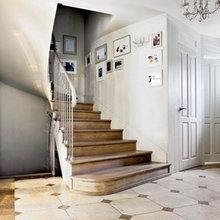 Фотография: Прихожая в стиле Кантри, Дом, Франция, Дома и квартиры, Окна – фото на InMyRoom.ru