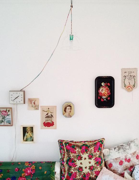 Фотография: Спальня в стиле Прованс и Кантри, Современный, Эклектика, Декор интерьера, DIY, Квартира, Россия, Декор, Советы, Красный, русский стиль – фото на InMyRoom.ru
