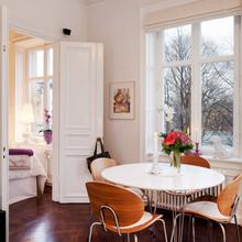 Фотография: Кухня и столовая в стиле Скандинавский, Малогабаритная квартира, Квартира, Дома и квартиры, Минимализм – фото на InMyRoom.ru