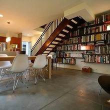 Фотография: Кухня и столовая в стиле Лофт, Декор интерьера, Декор дома, Полки, Библиотека – фото на InMyRoom.ru
