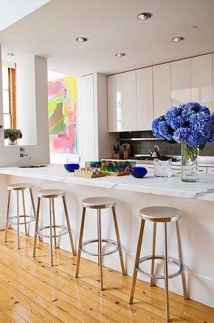Фотография: Кухня и столовая в стиле Минимализм, Малогабаритная квартира, Квартира, Декор, Советы, Хрущевка – фото на InMyRoom.ru