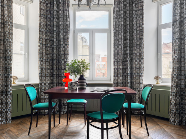 Фотография: Кухня и столовая в стиле Минимализм, Квартира, Проект недели, Москва, Зеленый, Кирпичный дом, 2 комнаты, 40-60 метров, PROPERTY LAB+ART – фото на INMYROOM