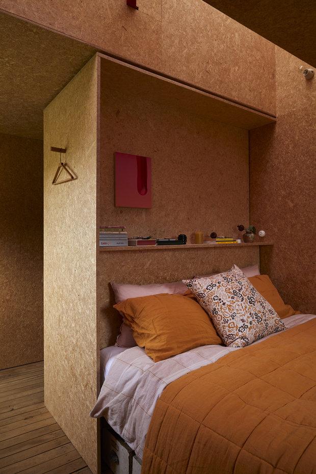Фотография: Спальня в стиле Эко, Современный, Минимализм, Дом и дача, 3 комнаты, Индивидуальный проект – фото на INMYROOM