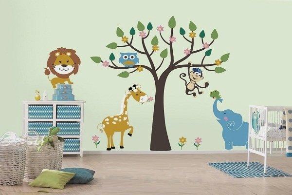 Фотография: Детская в стиле Современный, Обои, Переделка, Плитка, Краска, Стеновые панели – фото на InMyRoom.ru