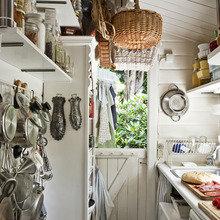 Фотография: Кухня и столовая в стиле Кантри, Скандинавский, Дания, Дача, Дом и дача – фото на InMyRoom.ru