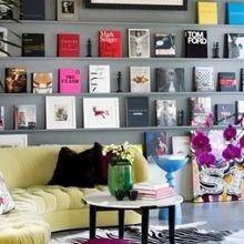 Фотография: Гостиная в стиле Эклектика, Декор интерьера, Квартира, Аксессуары, Советы, чем украсить пустую стену, идеи декора пустой стены – фото на InMyRoom.ru