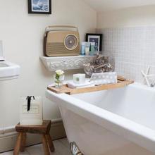 Фотография: Ванная в стиле Кантри, Декор интерьера, Дом – фото на InMyRoom.ru