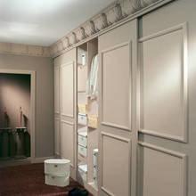 Фотография: Гардеробная в стиле Кантри, Декор интерьера, Декор дома, Стены, Подсветка, Потолок – фото на InMyRoom.ru