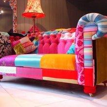 Фотография: Мебель и свет в стиле Кантри, Эклектика, Классический, Декор интерьера, Великобритания, Диван – фото на InMyRoom.ru