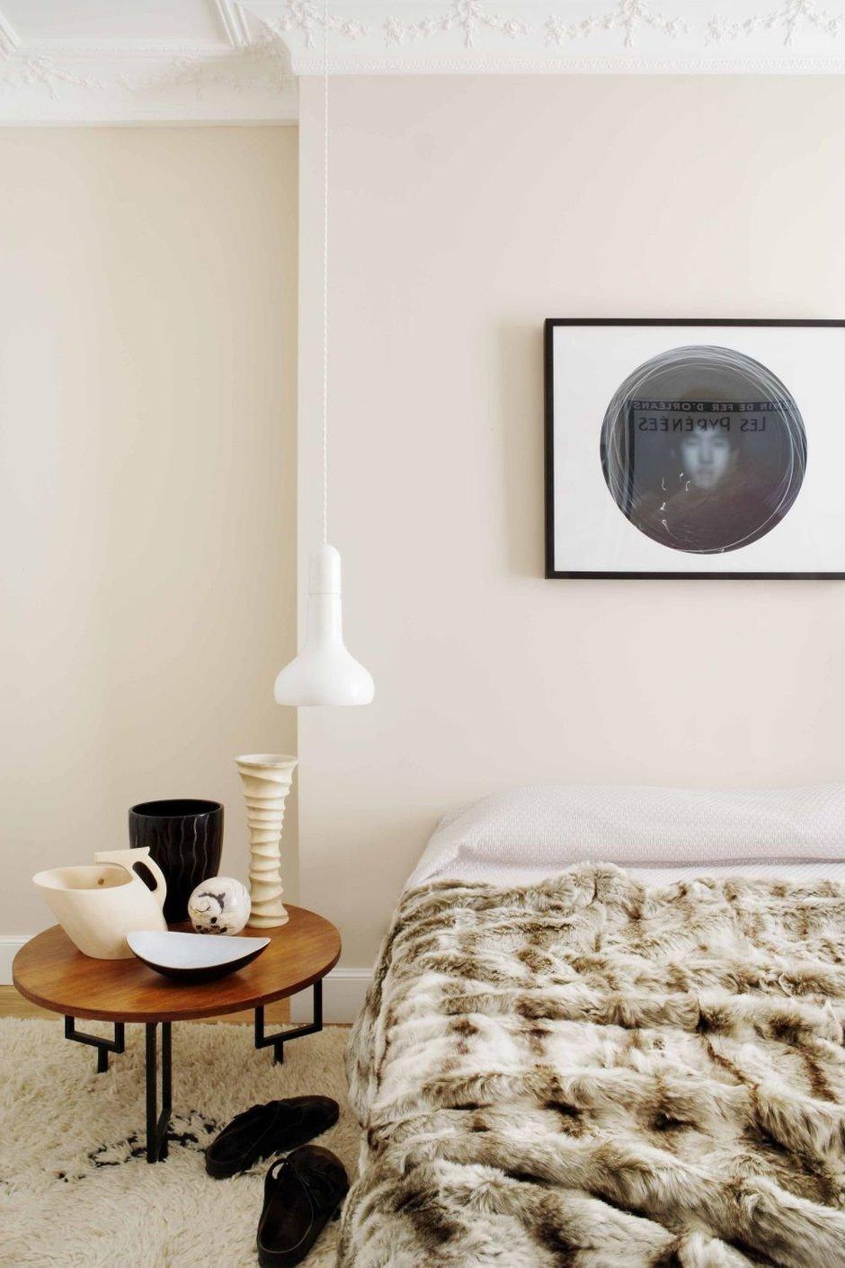Фотография: Спальня в стиле Лофт, Современный, Классический, Эклектика, Квартира, Цвет в интерьере, Дома и квартиры, Белый, Ретро – фото на InMyRoom.ru
