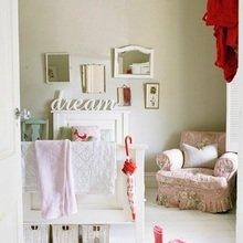 Фотография: Мебель и свет в стиле Кантри, Декор интерьера, Декор дома, Цвет в интерьере, Белый, Бассейн – фото на InMyRoom.ru