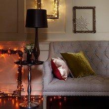 Фотография: Мебель и свет в стиле Кантри, Декор интерьера, Квартира, Праздник, Новый Год, Гирлянда – фото на InMyRoom.ru