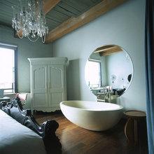 Фотография: Спальня в стиле Кантри, Дома и квартиры, Городские места, Отель, Бассейн, Индустриальный – фото на InMyRoom.ru