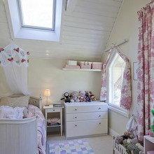 Фотография: Детская в стиле Кантри, Дом, Швеция, Цвет в интерьере, Дома и квартиры, Белый – фото на InMyRoom.ru