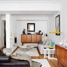 Фотография: Гостиная в стиле Лофт, Современный, Классический, Эклектика, Квартира, Цвет в интерьере, Дома и квартиры, Белый, Ретро – фото на InMyRoom.ru