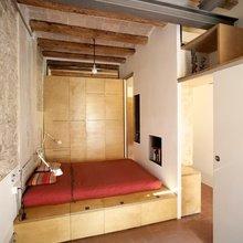 Фотография: Спальня в стиле Современный, Декор интерьера, Мебель и свет, Перегородки – фото на InMyRoom.ru