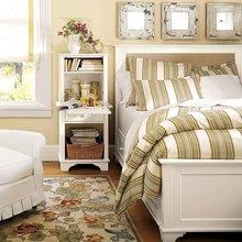 Фотография: Спальня в стиле Кантри, Классический, Современный, Декор интерьера, DIY, Дом, Системы хранения – фото на InMyRoom.ru
