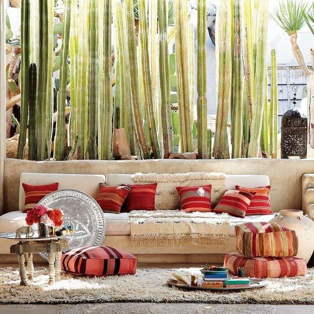 Фотография: Гостиная в стиле , Декор интерьера, Мебель и свет, Перегородки – фото на InMyRoom.ru