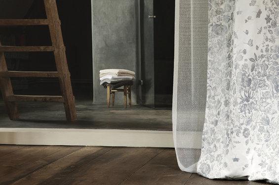 Фотография: Спальня в стиле Классический, Цвет в интерьере, Индустрия, События, Галерея Арбен, Maison & Objet – фото на InMyRoom.ru