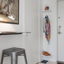 Фотография: Прихожая в стиле Скандинавский, Современный, Малогабаритная квартира, Квартира, Швеция, Мебель и свет, Дома и квартиры – фото на InMyRoom.ru