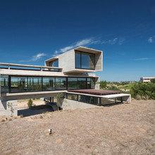 Фото из портфолио Дом возле поля для гольфа в Аргентине – фотографии дизайна интерьеров на InMyRoom.ru
