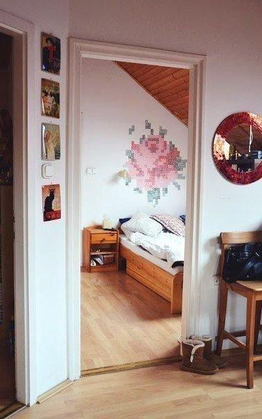 Фотография: Спальня в стиле Прованс и Кантри, Декор интерьера, DIY, Дом, Декор дома, Советы, Картины, Зеркала – фото на InMyRoom.ru