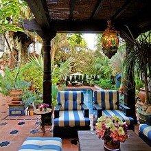 Фотография: Балкон, Терраса в стиле Восточный, Дом, Дома и квартиры, Интерьеры звезд, Калифорния – фото на InMyRoom.ru