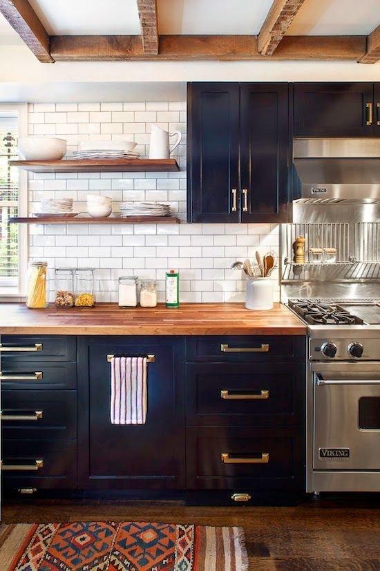 Фотография: Кухня и столовая в стиле Прованс и Кантри, Декор интерьера, Декор, Советы – фото на InMyRoom.ru