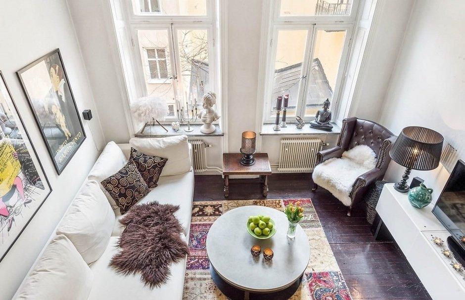 Фотография: Гостиная в стиле Скандинавский, Малогабаритная квартира, Квартира, Швеция, Дома и квартиры, Стена – фото на InMyRoom.ru
