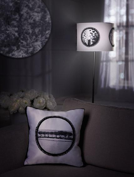 Фотография: Прочее в стиле Классический, Декор интерьера, Мебель и свет, Декор дома, Подушки, Панно – фото на InMyRoom.ru