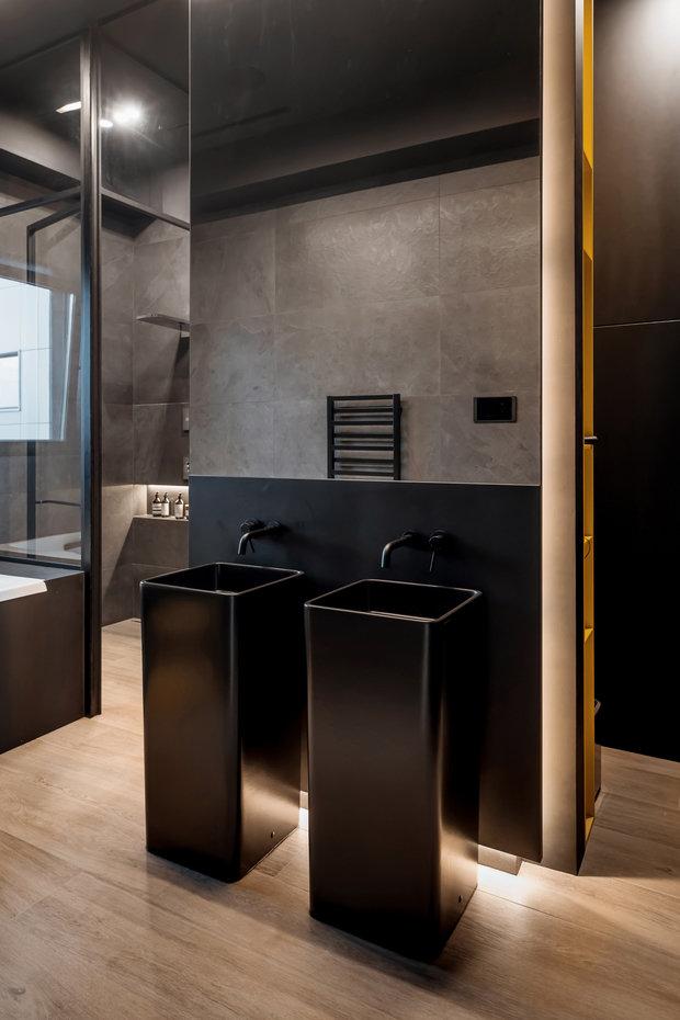 Фотография: Ванная в стиле Лофт, Минимализм, Квартира, Проект недели, Москва, 3 комнаты, Более 90 метров – фото на INMYROOM