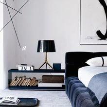 Фотография: Спальня в стиле Хай-тек, Декор интерьера, Мебель и свет, Стол – фото на InMyRoom.ru