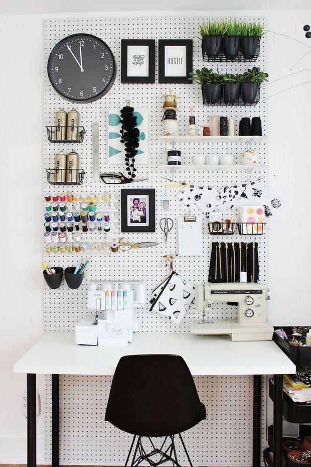 Фотография: Кабинет в стиле Современный, DIY, Аксессуары, Советы, хранение в прихожей, Хранение мелочей, лайфхаки для кухни – фото на InMyRoom.ru