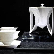 Фото из портфолио Индонезийский дизайнер выпустил серию фарфоровой посуды – фотографии дизайна интерьеров на INMYROOM