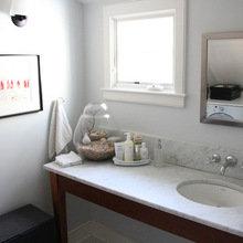 Фотография: Ванная в стиле Скандинавский, Дом, США, Дома и квартиры, Блошиный рынок, Колониальный – фото на InMyRoom.ru