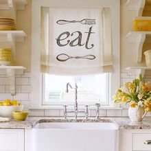 Фотография: Кухня и столовая в стиле Кантри, Малогабаритная квартира, Квартира, Декор, Советы – фото на InMyRoom.ru
