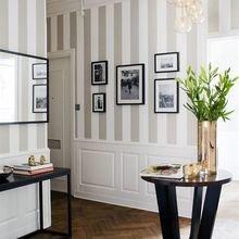 Фотография: Мебель и свет в стиле Классический, Эклектика, Декор интерьера, Дизайн интерьера, Декор, Цвет в интерьере – фото на InMyRoom.ru
