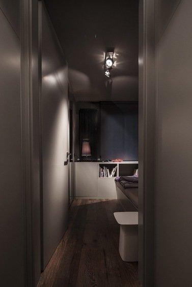 Фотография: Гостиная в стиле Эклектика, Малогабаритная квартира, Квартира, Цвет в интерьере, Дома и квартиры, Серый, Умный дом, Будапешт – фото на InMyRoom.ru