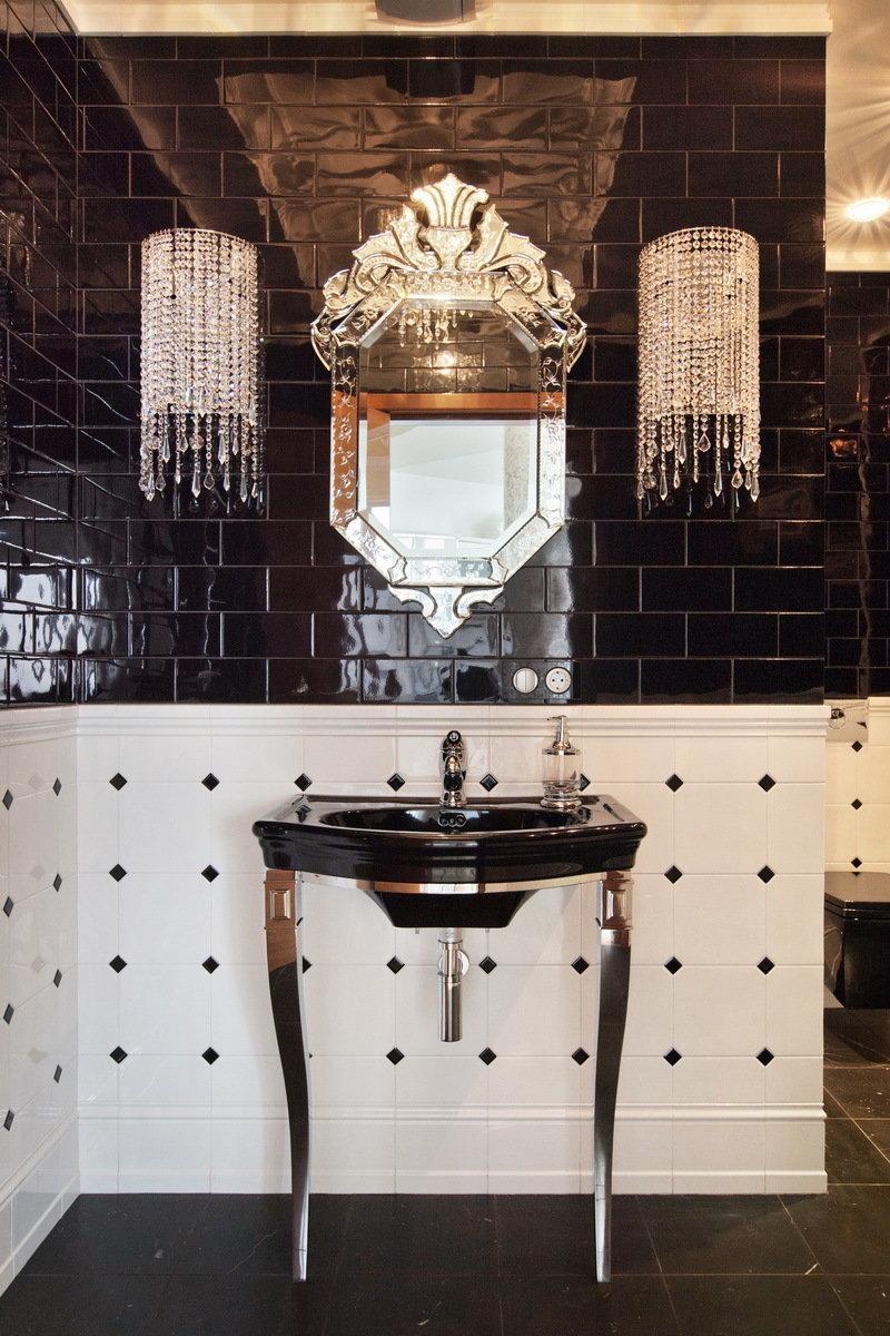 Фотография: Ванная в стиле Эклектика, Квартира, Италия, Дома и квартиры, Пентхаус, Люстра, Ар-деко – фото на InMyRoom.ru