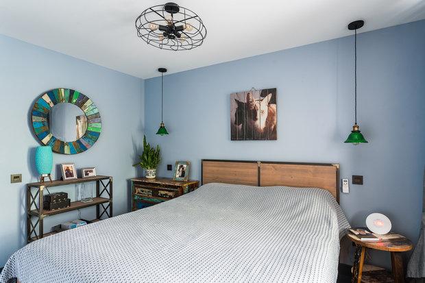 Фотография: Спальня в стиле Лофт, Эклектика, Малогабаритная квартира, Квартира, Проект недели, Москва, 2 комнаты, 40-60 метров, Елена Дадиани – фото на INMYROOM