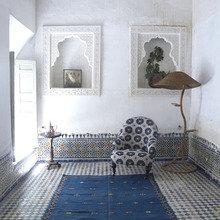 Фотография: Мебель и свет в стиле Восточный, Декор интерьера, Дом, Декор дома, Цвет в интерьере – фото на InMyRoom.ru
