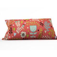 Декоративная подушка: Сказочные соцветия