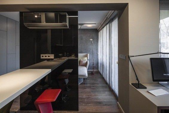 Фотография:  в стиле , Малогабаритная квартира, Квартира, Цвет в интерьере, Дома и квартиры, Серый, Умный дом, Будапешт – фото на InMyRoom.ru