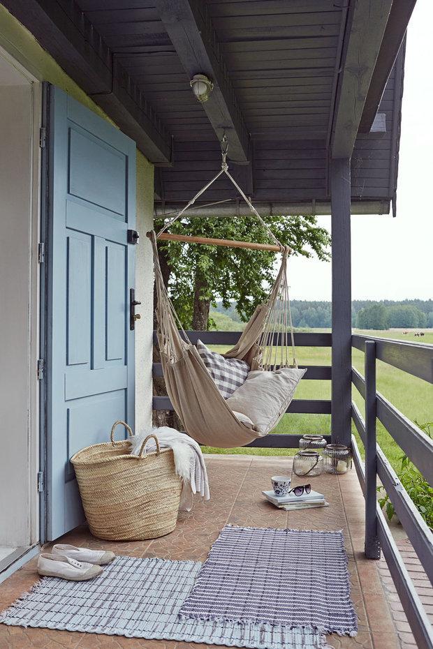 Фотография: Ландшафт в стиле Скандинавский, Гид, Belinka, как покрасить дачу, дачные домики – фото на INMYROOM