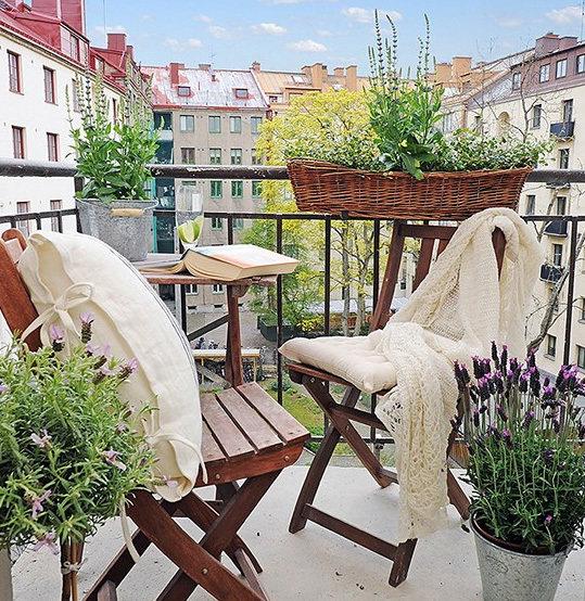 Фотография: Балкон, Терраса в стиле Прованс и Кантри, Современный, Интерьер комнат – фото на InMyRoom.ru