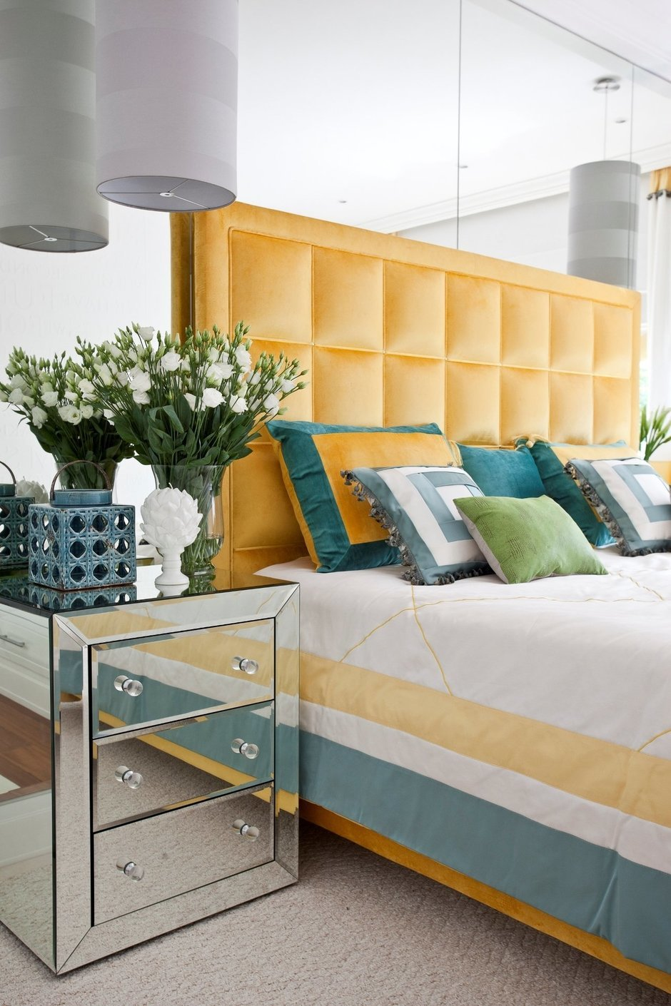 Фотография: Спальня в стиле Хай-тек, Интерьер комнат, Мебель и свет, Проект недели – фото на InMyRoom.ru