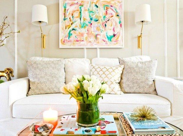 Фотография: Гостиная в стиле Современный, Декор интерьера, Малогабаритная квартира, Квартира, Интерьер комнат, Декор, Мебель и свет, Советы, дизайн гостиной, идеи для гостиной, маленькая гостиная, как увеличить маленькую гостиную, идеи для маленькой гостиной, мебель для маленькой гостиной, планировка маленькой гостиной – фото на InMyRoom.ru
