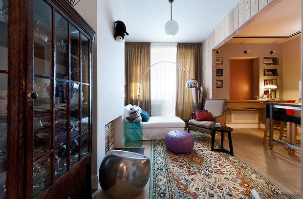Фотография: Гостиная в стиле Современный, Малогабаритная квартира, Квартира, Цвет в интерьере, Дома и квартиры, Переделка – фото на InMyRoom.ru