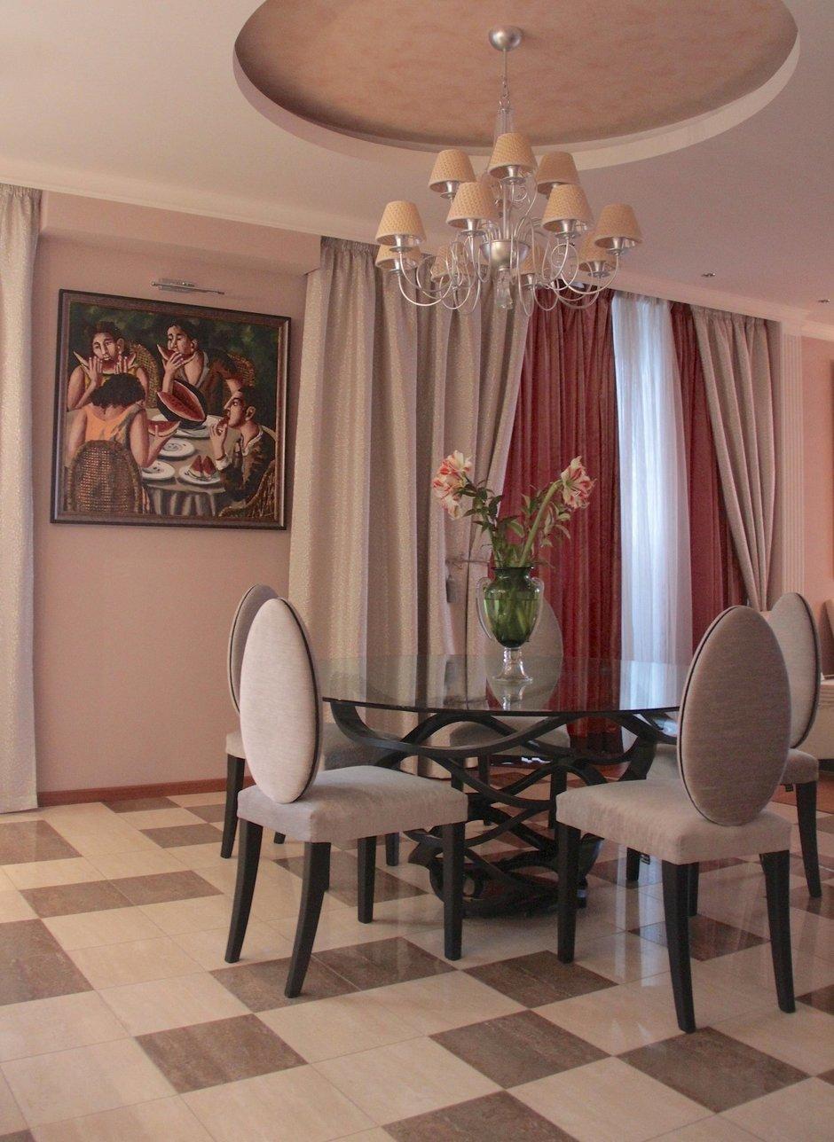 Фотография: Кухня и столовая в стиле Эклектика, Декор интерьера, Декор дома, Картины, Современное искусство – фото на InMyRoom.ru