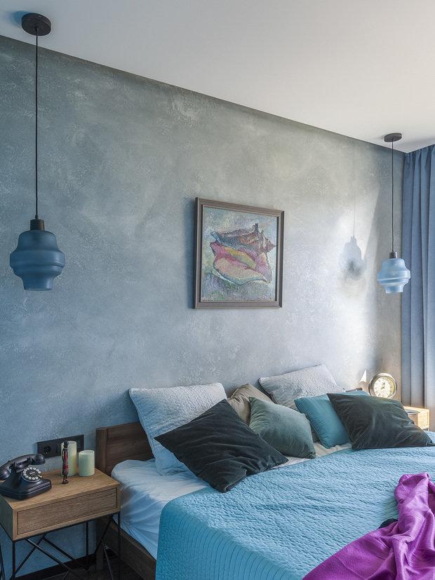 Фотография: Спальня в стиле Лофт, Квартира, Проект недели, Москва, Ирина Большакова, 2 комнаты, 60-90 метров, Монолитно-кирпичный – фото на INMYROOM